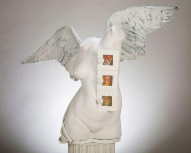 Angel, Assemblage